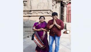 Actor Anandraj Visits Simhachalam Temple, Visakhapatnam - Sakshi