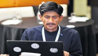 Carpenter Become A Hindi Wikipedia Reviewer - Sakshi