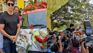 Sonu Sood Started Sonu Sood Ambulance Services - Sakshi