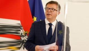 Austria health minister resigns, saying he is overworked - Sakshi