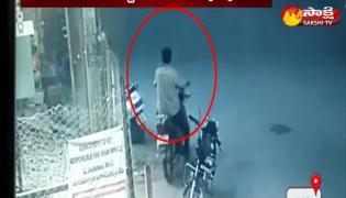 Bike Thieves Hulchul In Kamareddy
