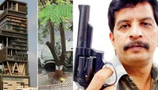 Ambani Antilia Bomb scare Case Encounter Specialist Pradeep Sharma Interrogated By NIA - Sakshi