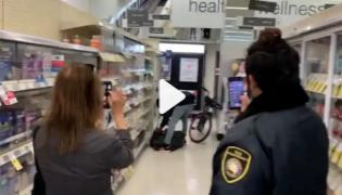 Watch: San Francisco Man Daylight Shoplifting Video Goes Viral On Social Media - Sakshi