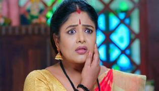 Devatha Serial: Devudamma Slapes Kanakam - Sakshi