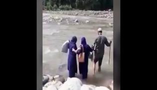 Viral Video: Health Workers Cross River To Vaccinate In Remote Areas Of Rajouri