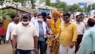 Madhya Pradesh: Sarpanch Rally On Donkey For Rain In Vidisha District - Sakshi