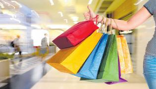 Consumers show intent to up spending in festive season - Sakshi