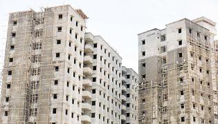 Sentiments in property market turns pessimistic in April-June - Sakshi