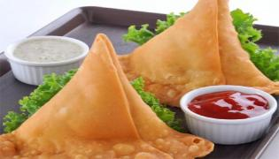 Dispute over Price Of Samosa Leads To Death Of A Man In Madhya Pradesh - Sakshi