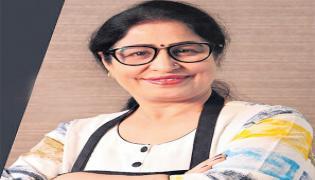 Madhya Pradesh Woman Poonam Devnani Runs 2 Youtube Cooking Channels - Sakshi