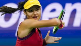 US Open: British youth Emma Raducanu makes history in women's singles