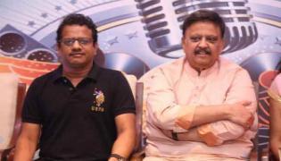 Km Radhakrishnan Pays Tribute Legendary Singer Bala subrahmanyam - Sakshi