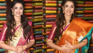 Krithi Shetty Inaugurates JC Brothers Shopping Mall In Kukatpally - Sakshi