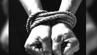 Wife Kidnapped Her Husband With Lover In Hyderabad - Sakshi