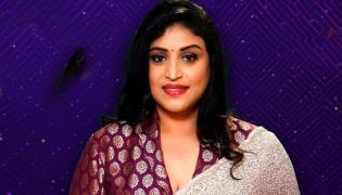 Bigg Boss 5 Telugu: Uma Devi Entered As 15th Contestant In House - Sakshi