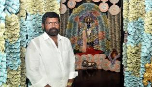 Vasavi Matha Statue Decorated With Crores Of Money And Lot Of Gold At Brindavan Nellore District - Sakshi