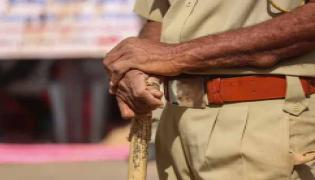 Cop Stabbed Face While Trying To Stop Fight Between Two Groups Thane - Sakshi