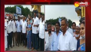 ysrcp leaders protest in nellore district
