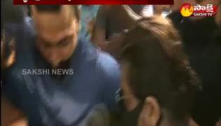 Shah Rukh Khan Visits Arthur Road Jail To Meet His Son Aryan Khan