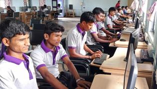 AP Kurnool SEEDAP Train Unemployment Youth Give Job Assistance - Sakshi