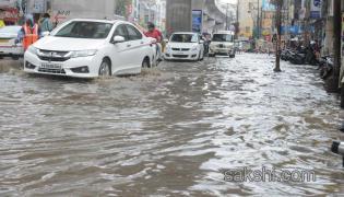 heavy rains in telangana and andhra pradesh