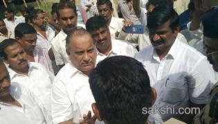 kapu leader mudragada padmanabham put under house arrest