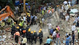 Building collapse in mumbai ghatkopa area