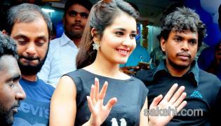 Actress Rashi Khanna Inaugurates Mobile Store in Tirupati