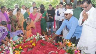 YS rajashekar reddy 8th death anniversary - Sakshi