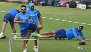 Indias cricket players practice in Mumbai