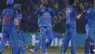 india beat new zealand by six runs