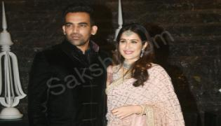 Sagarika Ghatge And Zaheer Khan's Wedding: Sachin Tendulkar Leads Celeb Roll Call At Reception - Sakshi - Sakshi - Sakshi - Sakshi