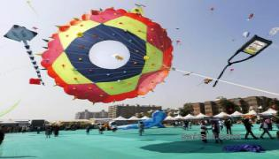International kite festival begins in Gujarat - Sakshi