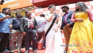 Tamanna launches Happi Mobiles showroom at Kurnool - Sakshi