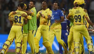 Chennai Super Kings beat Mumbai Indians by 1 wicket - Sakshi