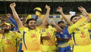 chennai beat punjab five wickets final league game - Sakshi