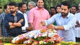 Nandamuri Family Pays Tribute NTR Ghat photo gallery - Sakshi