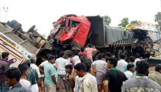 Truck Hits Bus in Vizianagaram Photo Gallery - Sakshi