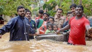 Kerala floods Photo Gallery - Sakshi