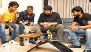 Prabhas Appreciated Paper Boy Team Photo Gallery - Sakshi