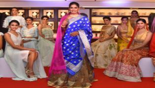 Mithali Raj at Joyalukkas fashion show Photo Gallery - Sakshi