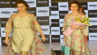 Taapsee Pannu Dazzeld In Hyderabad Lifestyle's Fashion Show photo Gallery - Sakshi