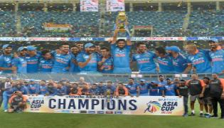 India defeated Bangladesh by three wickets photo Gallery - Sakshi