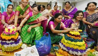 Bathukamma Celebrations In Pragathi Bhavan Photo Gallery - Sakshi