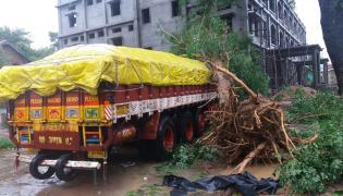 Cyclone Titli in Visakhapatnam Photo Gallery - Sakshi