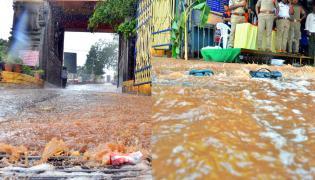 Heavy Rainfall At Vijayawada Durga Temple  - Sakshi