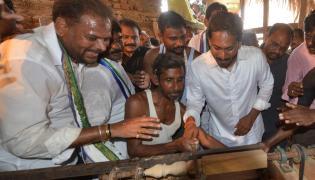 YS Jagan PrajaSankalpaYatra Day 282 Photo Gallery - Sakshi