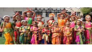 Ravindra bharathi childrens dance program Photo gallery - Sakshi