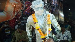 Rajinikanth Fans Celebrate the release of 2.0 Photo Gallery - Sakshi