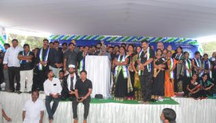 Ysrcp Vanchana Pai Garjana Programme At Kakinada  - Sakshi